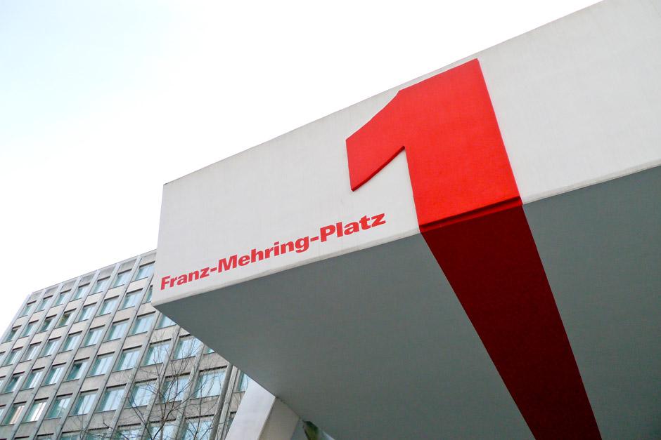 fmp1-informations-design-wegeleitsystem-personen-berlin-(6)