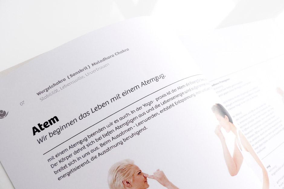 yoga-buchgestaltung-berlin-editorial-artwork-book-gestaltung (1)