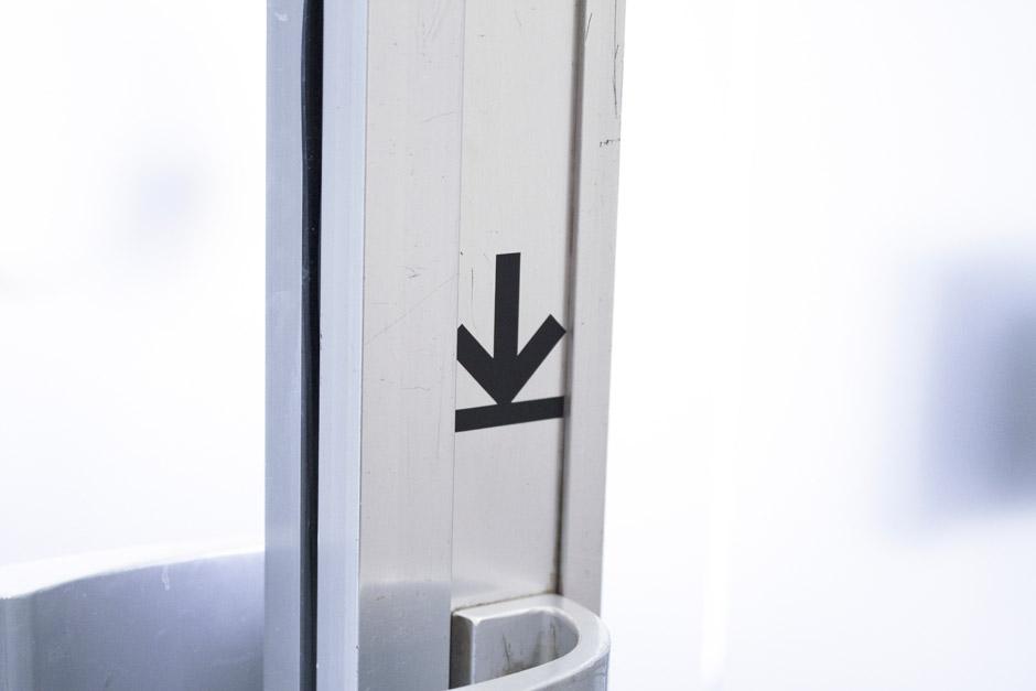 leitsystem-berlin-signage-gebäude-piktogramm-orientierungssystem-(14)