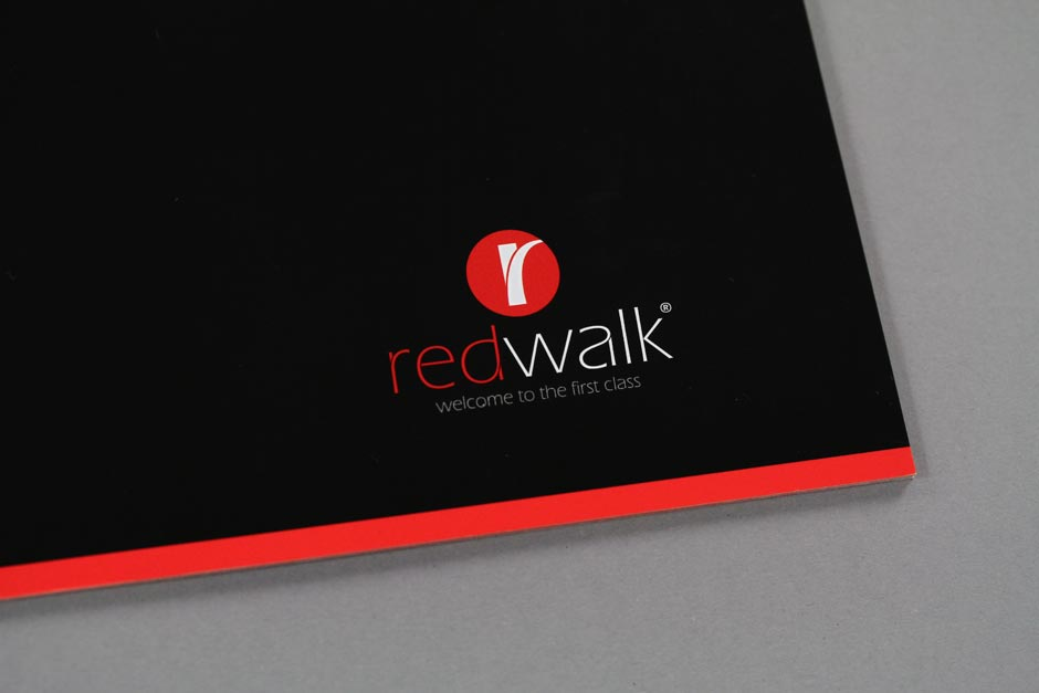 redwalk-corporate-design-bus-vip-berlin-logo-editiorial