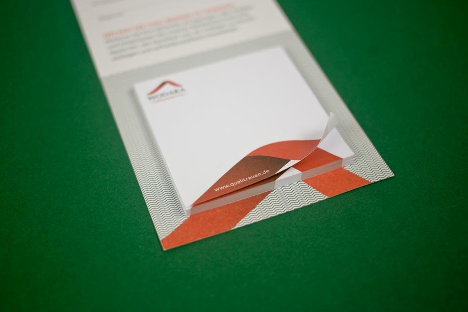 wodara-qualitrauen-corporate-design-berlin gebaeudeservice-logo-gestaltung-design-reinigung (5)